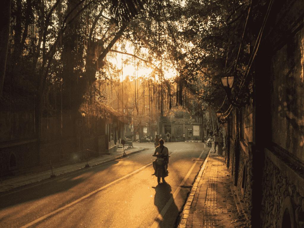 driving through Ubud